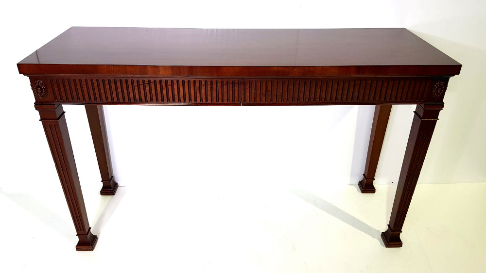 Very Good Quality Mid-20th Century Mahogany Hall/Console Table in the Adam's Style