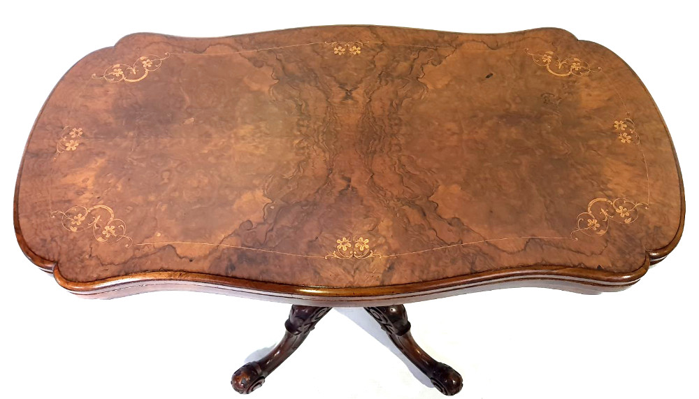 Top Quality 19th Century Burr Walnut Turn-over Leaf Card Table