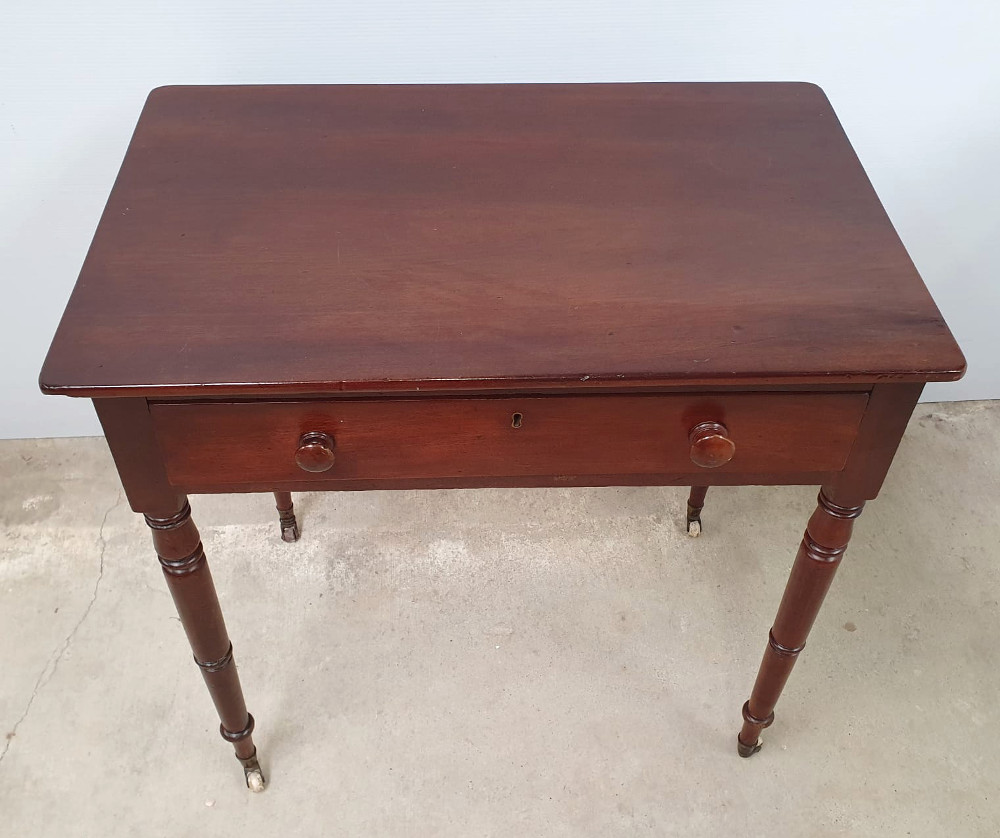Simple 19th Century Single Drawer Neat Size Side Table