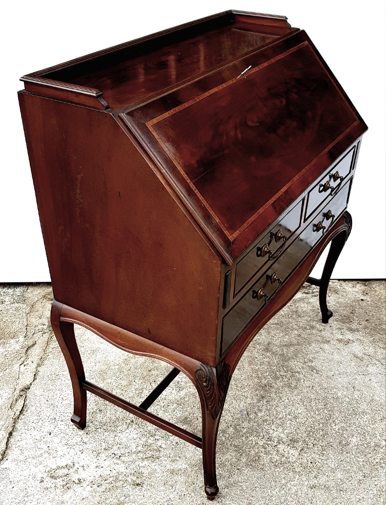 Good Quality Edwardian Inlaid Mahogany Fall Front Bureau