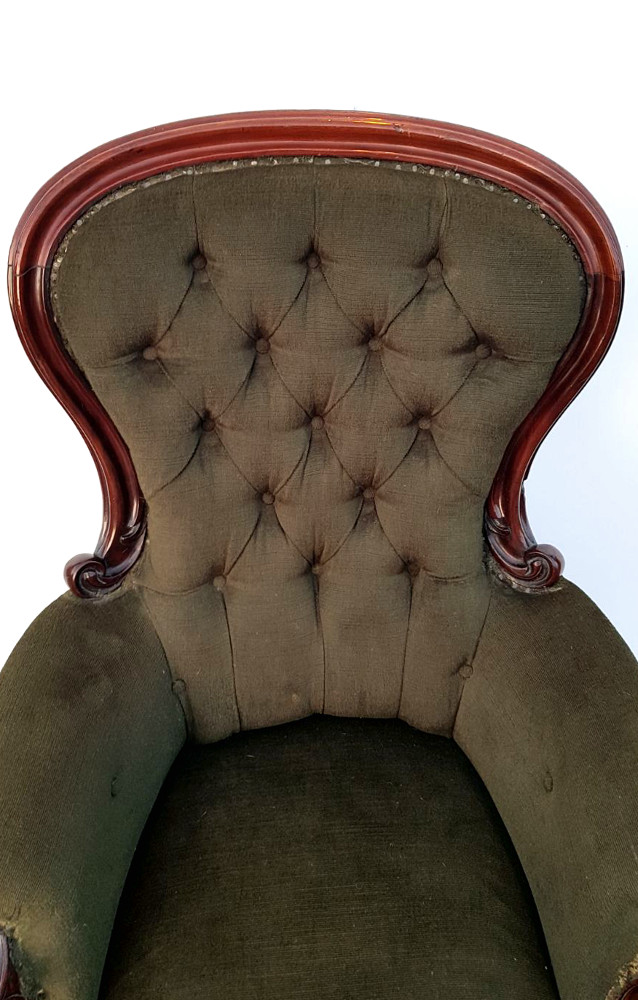 Good Quality 19th Century Mahogany Framed Armchair with Cabriole Leg