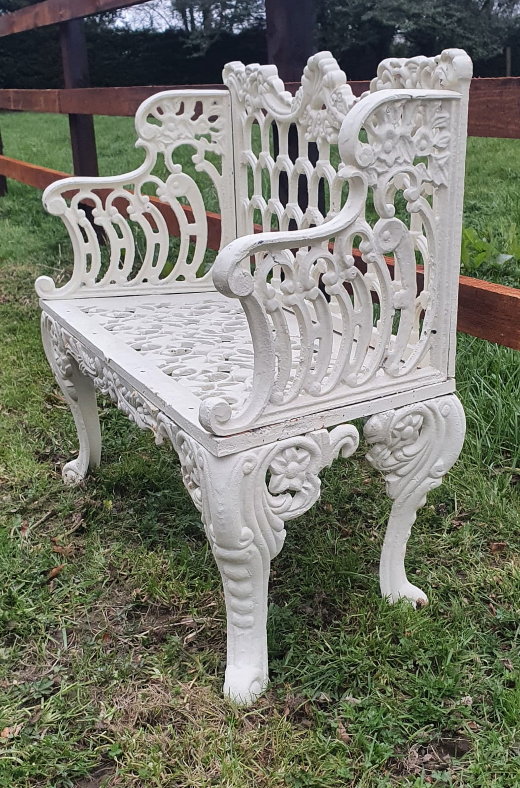 Cast Iron Garden Seat with Horse Shoe Design
